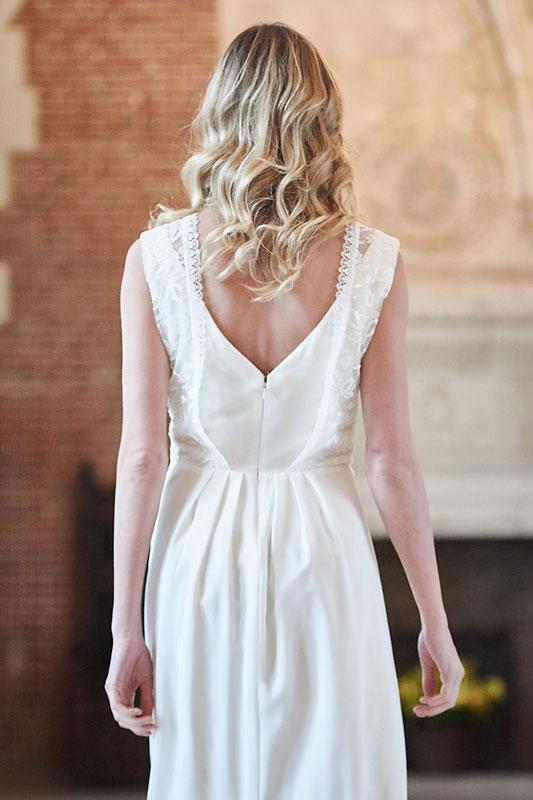 Robe de mariée made in France, Crêpe de soie, broderie et dentelle de calais